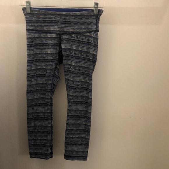 lululemon athletica Pants - Lululemon blue black white crop legging, sz 4